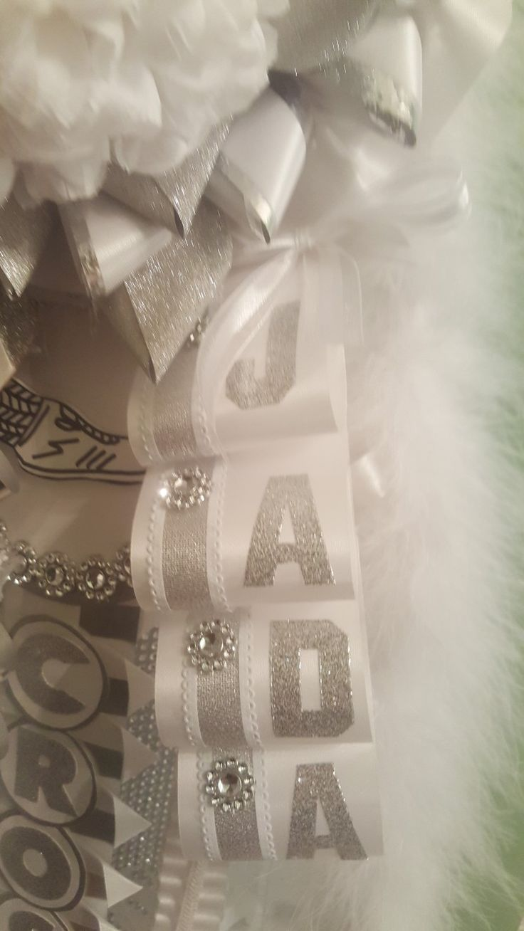 Silver and white bling steamer for names