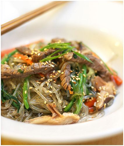 how to cook japchae korean noodles