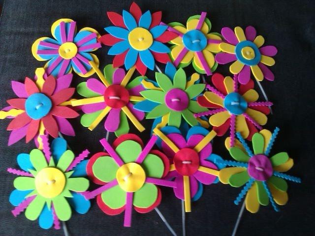Flowers made of rubberfoam, to pimp my bike!