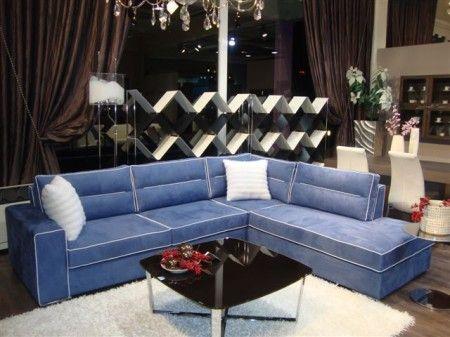 Σαλόνι γωνία 6 ατόμων με μπλέ ύφασμα και λευκό ρέλι. Υπέροχη αίσθηση και ανατομία όταν κάποιος κάθετε και φοβερή άνεση η γωνία μπορεί να αλλάξει μεριά και χρώμμα.