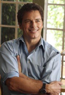 John Barrowman is going to be @ Phoenix Comicon  & I just bought my photo-op! SO FREAKING EXCITED!!!