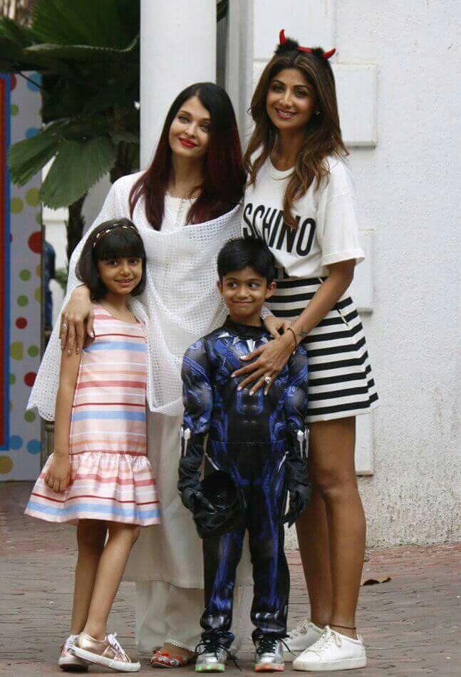 Aishwarya Rai Bachchan With Her Daughter At Shilpa Shetty Kundra Son Bash Bollywood Fashion Baby Girl Photography Fashion