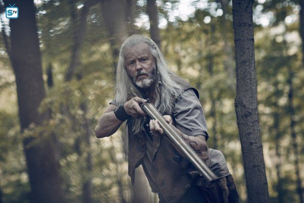 Photos -  Outsiders - Season 1  - Cast Promotional Photos - david-morse-as-big-foster-in-WGN-Americas-new-series-Outsiders-premiering-Tuesday-January-26-at-9pm-ETPT1