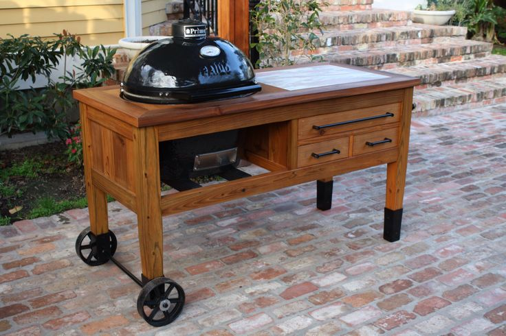 Grill Table for Primo or Big Green Egg Grill by BearBoardsTx on Etsy https://www.etsy.com/listing/266507046/grill-table-for-primo-or-big-green-egg