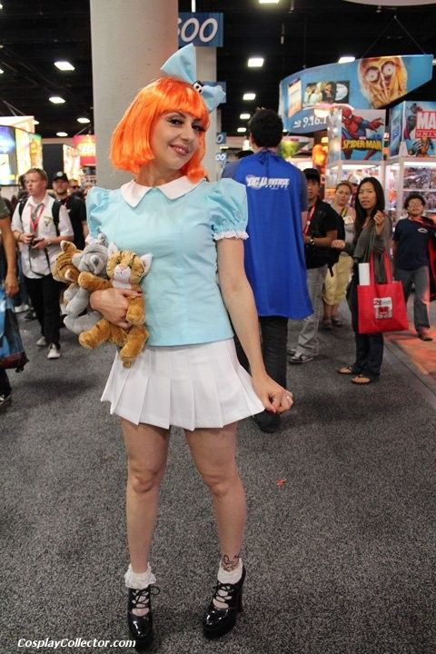 Elmyra Duff - San Diego Comic-Con 2011 She's gonna hug you and kiss you and love you forever…
