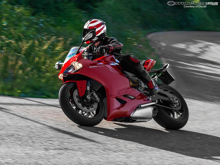 2014-Ducati-Panigale-899-9
