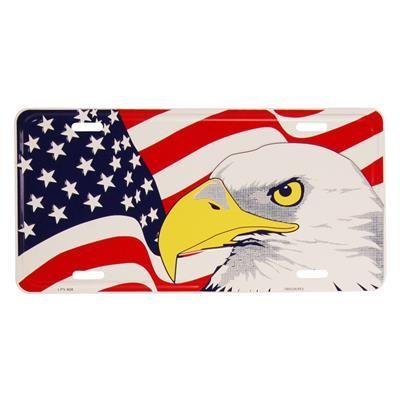 Nummerplade med USA flag og Amerikansk ørn.  Flot nummerplade med det Amerikanske flag. Vægskiltet er fremstillet i alminium og kan anvendes på forskellige måder. Nummerpladen er en flot udgave af Stars and Stripes og den Amerikanske nationalfugl The Bald Eagle.