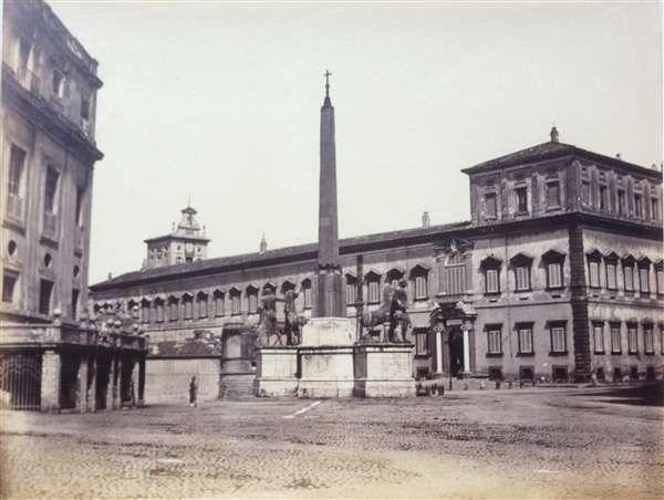 """1862 circa autore non identificato """"A"""" . Piazza di Montecavallo, palazzo del Quirinale."""