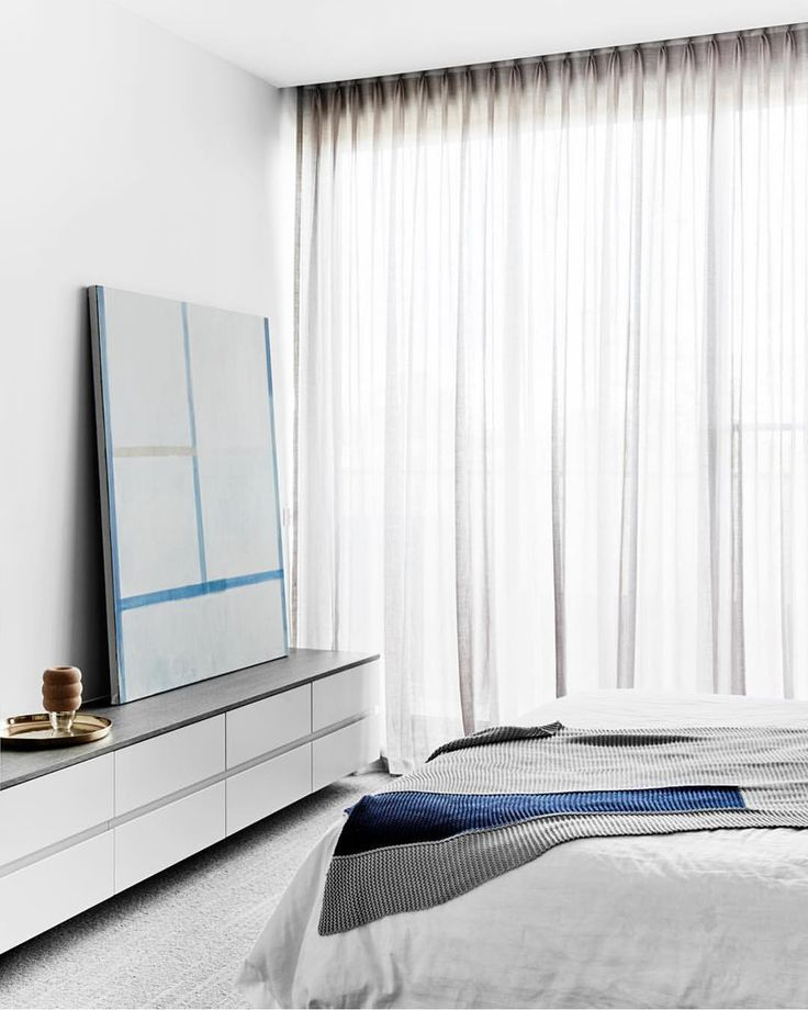 Oh those soft greys with a hint of blue 💙 Hampton Penthouse by @wearehuntly Photo @brookeholm Art Direction @marshagolemac