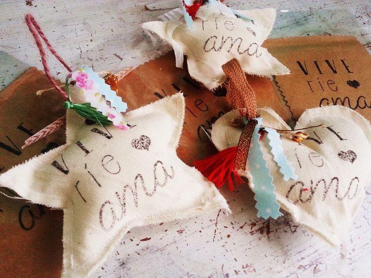 Souvenirs corazon de tela para colgar con estampa for Zapateros tela para colgar