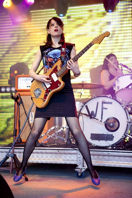 Mary Timony • Wild Flag  How can someone who was so blazed still sound so amazing...?