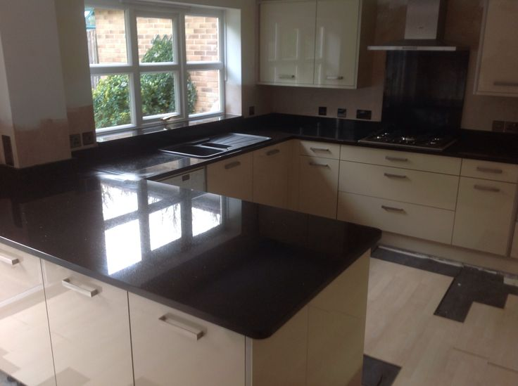 Zimbabwe black granite worktops granite worktops for Kitchen design zimbabwe