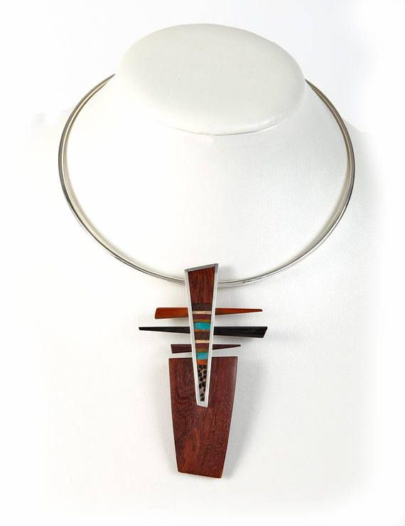 Parallel Lines Necklace with 925 silver pendant and marquetry of different types of wood: ebony, nazareno, moradillo and espiníllo