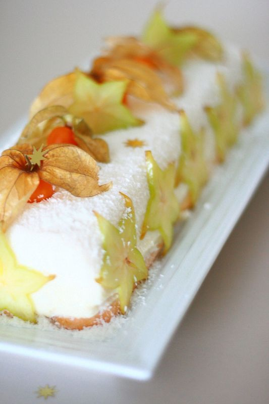 Bûche exotique au citron vert et noix de coco sans gluten
