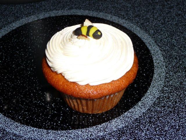 Honing cupcakes met honing botercreme