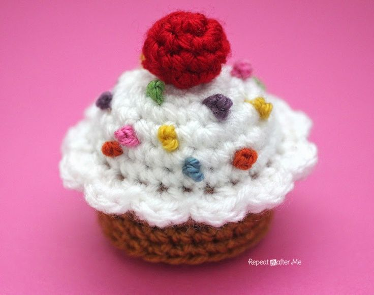 62 best cupcakes amigurumis images on pinterest crochet food crochet cupcake ccuart Gallery