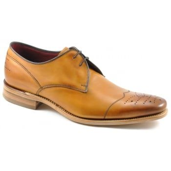 130 years of bench-made shoe-making techniques go into making every pair of these Loake 'Crawford' in tan calf leather. No detail is compromised in this premium range of footwear. Finest calf leather's and Goodyear Welted leather soles. Available in a F fitting in Black and Tan Burnished Calf. http://www.marshallshoes.co.uk/mens-c1/loake-mens-crawford-tan-calf-leather-lace-up-shoe-p4008