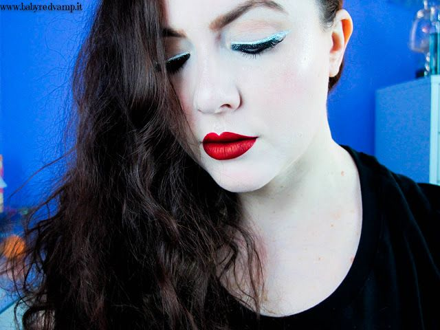 Babyredvamp Makeup: Face Of The Day - Glitter Eyeliner with Red Lips (...