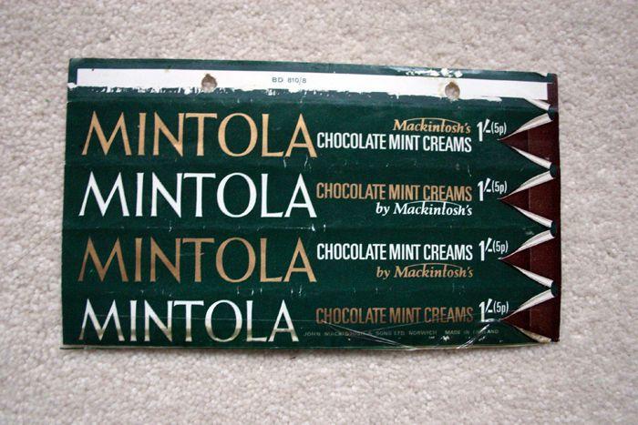 MINTOLA - 1970 MACKINTOSH'S BRITISH UK Chocolate Candy Bar Wrapper