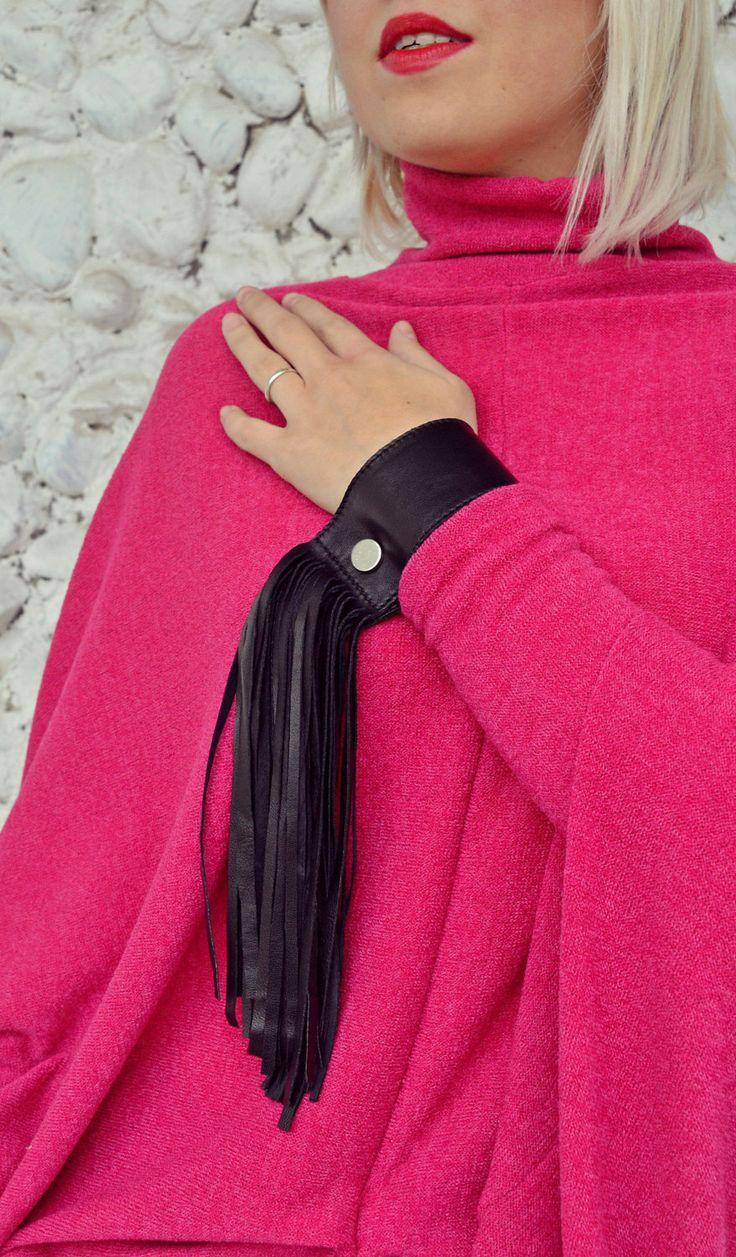 Now selling: Genuine Leather Bracelet / Extravagant Leather Bracelet / Genuine Leather Fringe Bracelet / Fringes Black Bracelet TLJ43 JAZZ UP! https://www.etsy.com/listing/502144113/genuine-leather-bracelet-extravagant?utm_campaign=crowdfire&utm_content=crowdfire&utm_medium=social&utm_source=pinterest