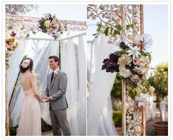 Diy Ladder Archway For Weddings Blumige Leiter Als Hintergrund Für Deine Hochzeit Wedding Backdrop
