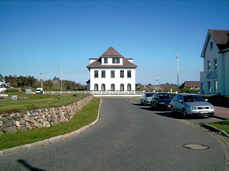 https://de.wikipedia.org/wiki/Helene-Lange-Gymnasium_(Hamburg)
