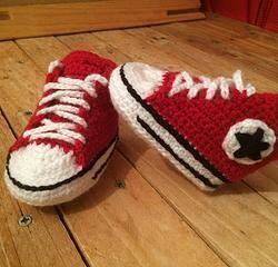 Converse chaussures bébé tutoriel crochet facile                                                                                                                                                                                 Plus