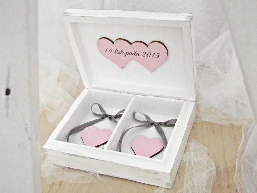 "Piękne pudełko na obrączki ""SHABBY LOVE P"""