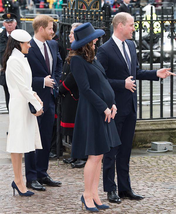 f1cd0e899aac Las sutiles diferencias entre las invitaciones de Meghan y Harry y ...