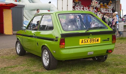 Green Ford Fiesta MK1 - rear