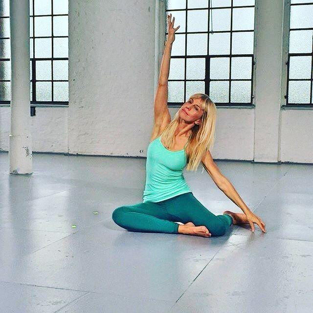 Day 3 on Set. Let's wrap this up ! Thanks for the outfit @lululemonde Berlin. #y4all #berlinyoga #yogaeverydamnday #yogalove #yogagirl #yogaeverywhere #yogaeveryday #yogalife #yogapose #yogainspiration #yogaaddict #yogagram #yogadaily #yogateacher #yogaaday #yogafun #yogajourney #yogalover #lululemon #videoshoot #pilates by yoga4allmankind