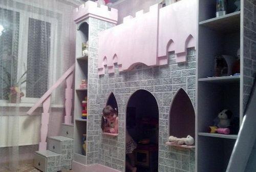 Сказочный замок и кровать своими руками (фото)