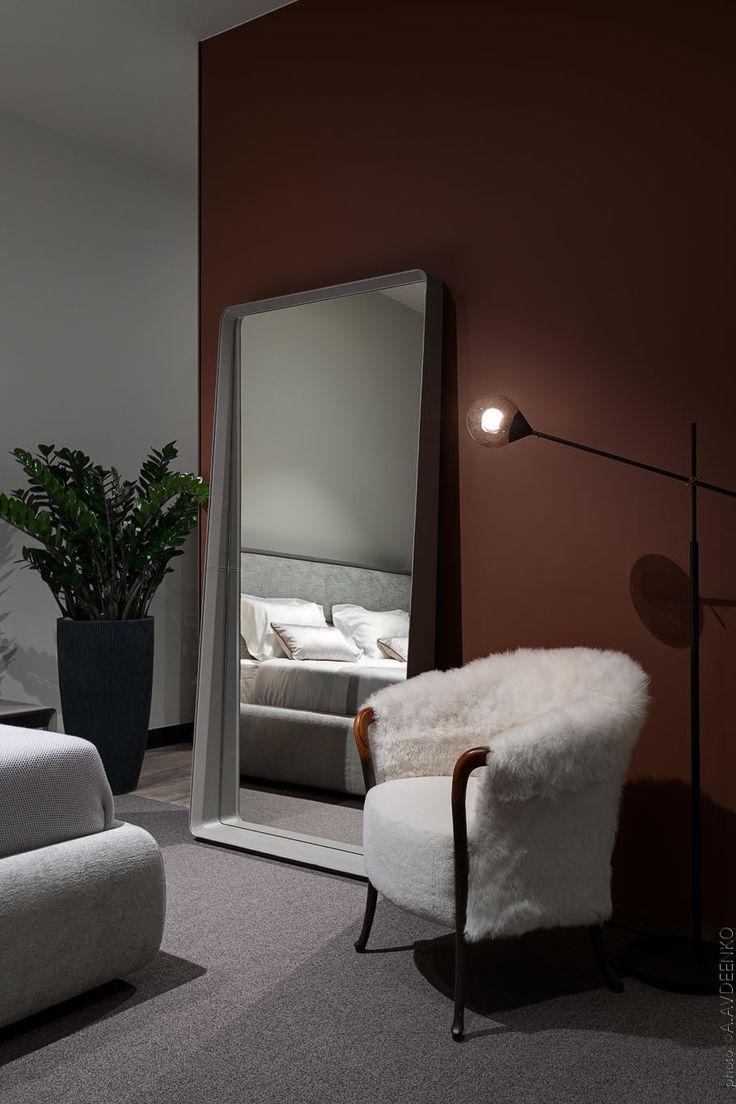 Showroom by Photos © Andrey Avdeenko. Location