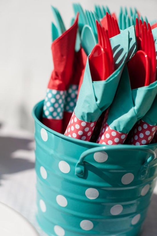 This is a really cute idea. Even if the bucket is just metal color and the napkins are teal/turquoise. Just will take a little diy time and some dollar tree materials