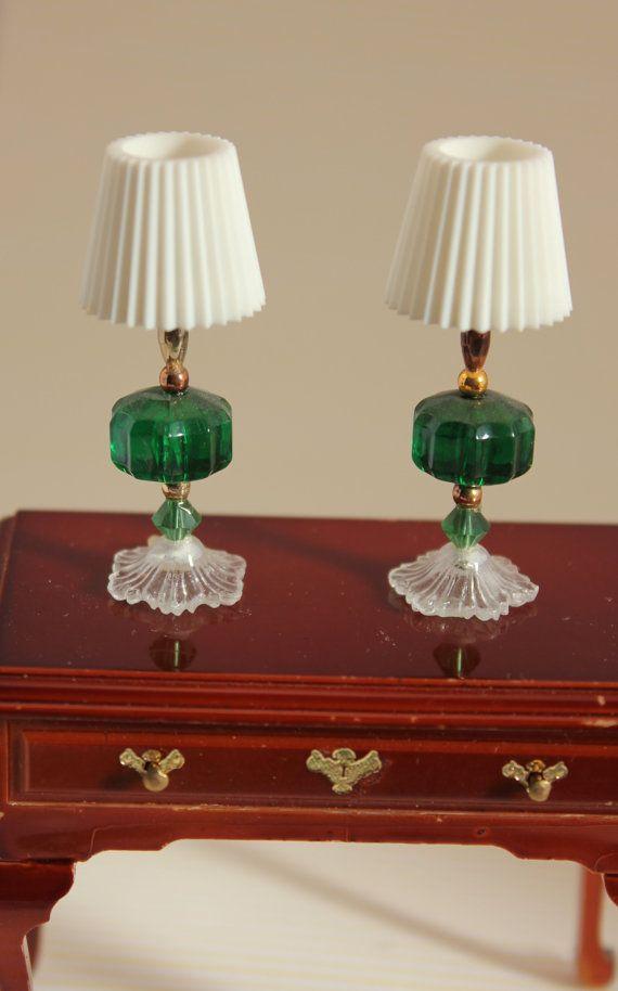 Corrispondente tabella lampade miniatura Dollhouse Decor verde scuro
