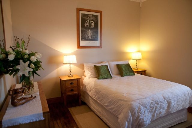 MANLY ACCOMMODATION AT MANLY BEACH VIEW ACCOMMODATION MANLY BED AND BREAKFAST, SYDNEY, NSW, AUSTRALIA