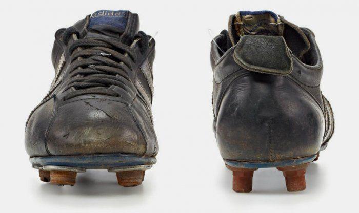 История Adidas: классические футбольные бутсы
