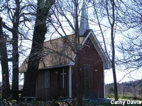 Ardmore, Oklahoma: Tiny Chapel - Closed - One of dozens of size-challenged churches, built by the faithful for different reasons, across the U.S.
