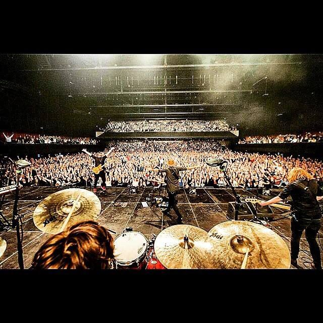 Kensington at hmh 20-2-2015: HUGE AND AWESOME Pic by: bart heemskerk