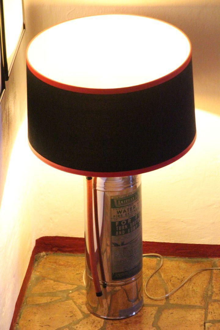 Designed by Tommy Hilbert - Feuerlöscher U.S. 1950 #Lampe #Unikat #unique #lamp #vintage #design #functional #art