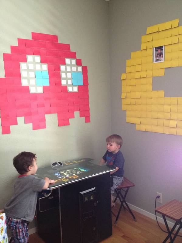 It's not a real pac-man arcade without pac-man post its