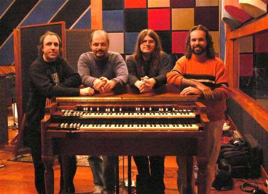 """Dia 16 de junho acontece no Sesc Vila Mariana """"Sinfonia Psicodélica: O Rock Progressivo nos anos 70 e 80"""", com a banda Violeta de Outono. """"Sinfonia Psicodélica"""" é um recorte histórico do rock progressivo produzido no Brasil nos anos 70 e 80. Surgido das experiências psicodélicas de grupos como Pink Floyd, King Crimson, Genesis, Yes,...<br /><a class=""""more-link"""" href=""""https://catracalivre.com.br/geral/agenda/barato/sinfonia-psicodelica-no-sesc-vila-mariana/"""">Continue lendo »</a>"""