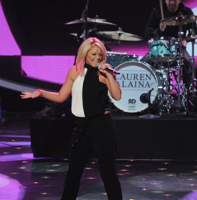 "Lauren Alaina performed ""Barefoot and Buckwild"" on American Idol, May 9, 2013."