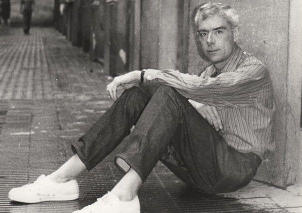 En Gabriel Ferrater va nèixer el 20 de maig de 1922 a la ciutat de Reus on es formà com a  poeta, crític, traductor i lingüista català.