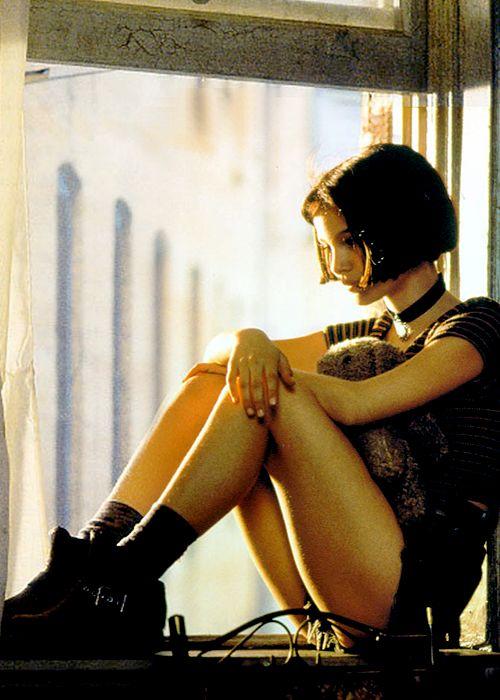 Natalie Portman como Mathilda en Léon: The Professional de Luc Besson (1994). Esta imagen contradice a quienes afirman que su personaje más sensual es Alicia Ayres en Closer...