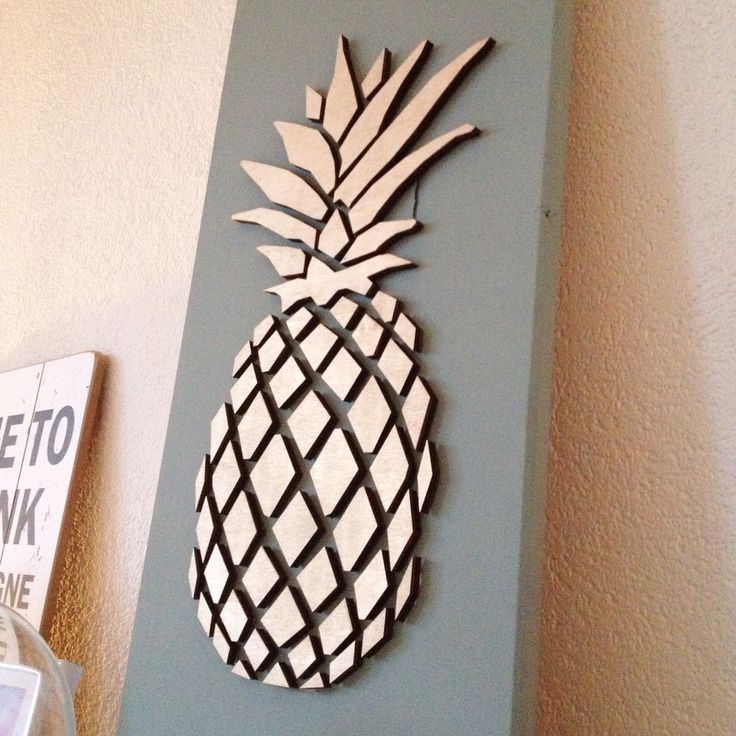 Pineapple board - decoration