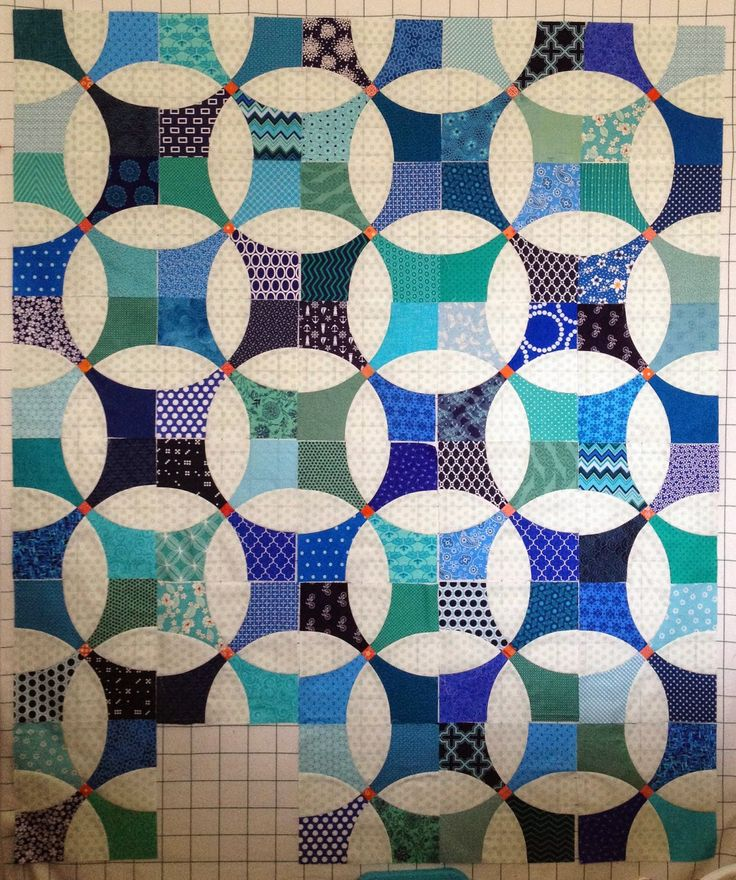 """Alternating light and dark on a flowering snowball (with a bonus color pop in the little squares!). I think I kind of want to go this direction but alternating warm and cool.  Diary of a Quilt Maven: I""""m making progress..."""