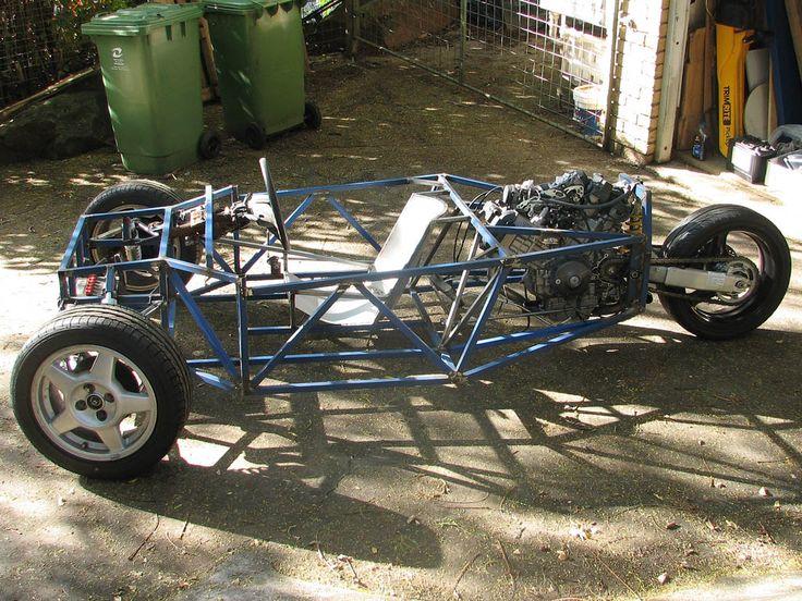 Reverse Trike Frame Design | Seat now added in high tech 'steel'.