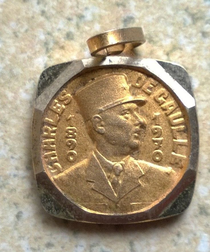 Small French Charles De Gaulle Medallion 1890 1970