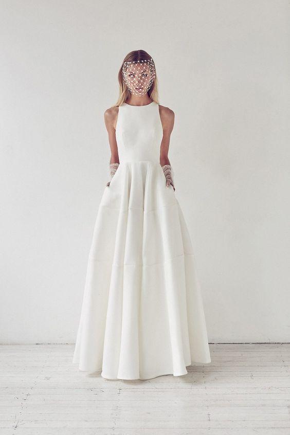 modern A line halter neckline wedding dress with pockets